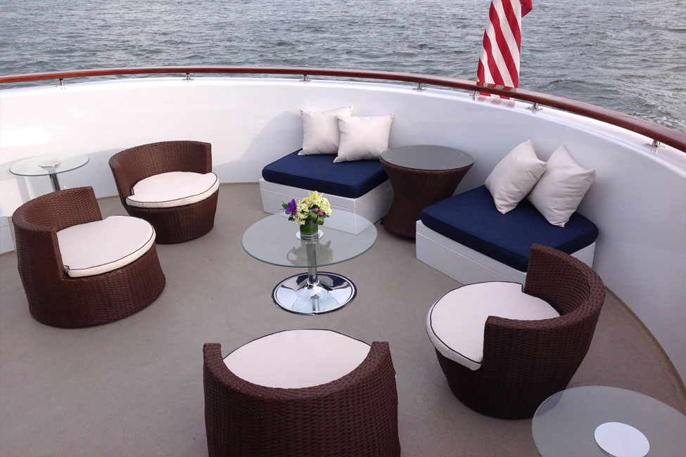 Outdoor Seating Lexington Boat Party